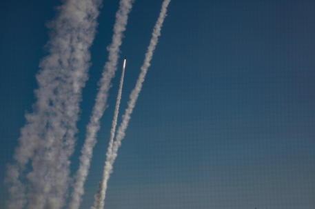 Esercito Israele,dal Libano lanciati 6 razzi su nord paese thumbnail