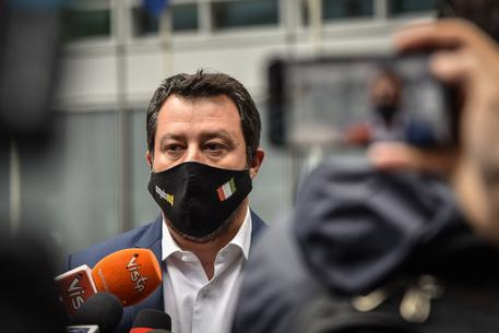 Gregoretti: Gup Catania in camera di consiglio thumbnail