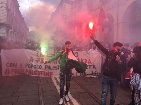 Gaza: corteo a Torino, in 3 mila sfilano pro Palestina thumbnail
