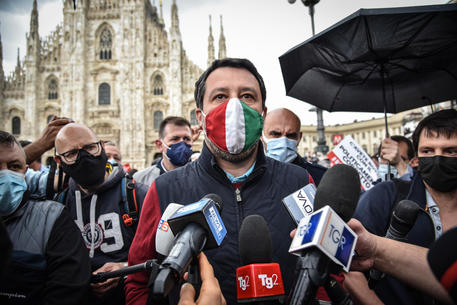 Salvini, riforma Costituzione?Firmerei domani,sì a tagliando thumbnail