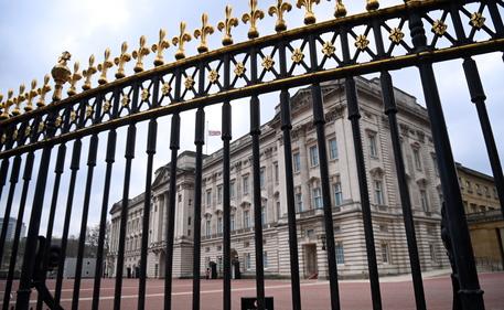 Gb: Carlo vuole espandere accesso pubblico ai palazzi reali thumbnail