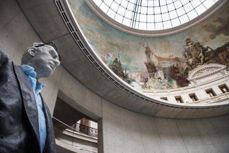 Collezione Pinault, dopo Venezia nel cuore di Parigi thumbnail
