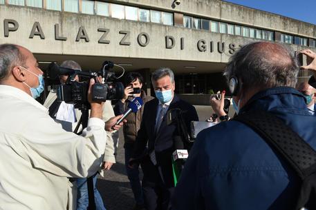 Corruzione, arrestato sindaco dimissionario di Foggia thumbnail