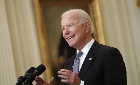 Biden svela dichiarazioni redditi, 607 mila dlr, 25,9% tasse thumbnail