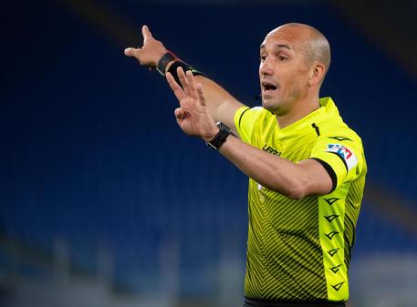 Fabbri arbitrerà Fiorentina-Inter, Pezzuto per il Milan - Lazio