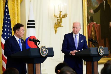 Corea Nord: Biden, Usa e Corea Sud profondamente preoccupati thumbnail