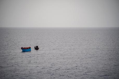 Migranti: Meloni, delirante idea accoglierne 1 milione thumbnail