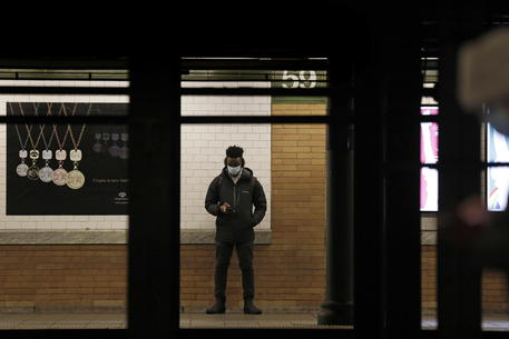 Covid: New York riapre la sua metropolitana 24 ore su 24 thumbnail