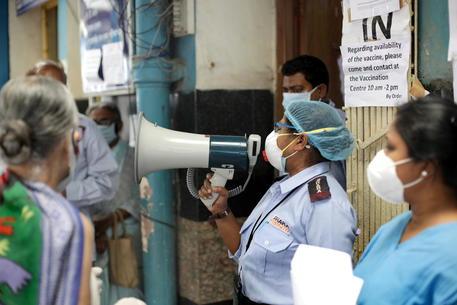 Rahul Gandhi chiede un lockdown immediato in tutta l'India thumbnail