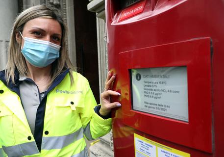 Poste: cassetta postale diventa smart, a Milano le prime thumbnail