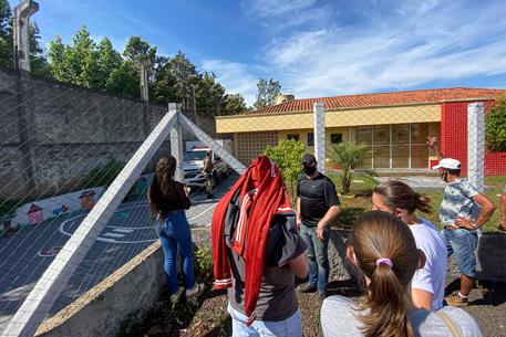 Brasile: strage al nido, commozione in messa per le vittime thumbnail