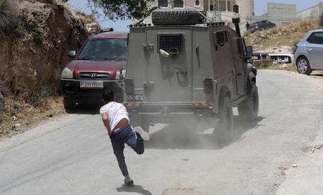 Gerusalemme: Ue, violenze inaccettabili, ora de-escalation thumbnail
