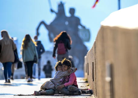 Sassoli, un bambino su 5 a rischio povertà in Europa thumbnail