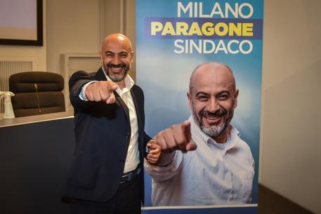 Milano: Paragone presenta candidatura, sarò l'outsider thumbnail