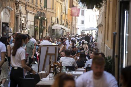 Movida: controlli a Trastevere multati 2 ristoranti - Lazio
