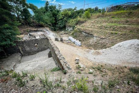 Tomba Porta Sarno - Foto Cesare Abbate © ANSA