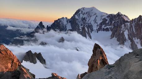 """Vivo dopo caduta da parete Monte Bianco, """"Ho pensato di morire"""""""