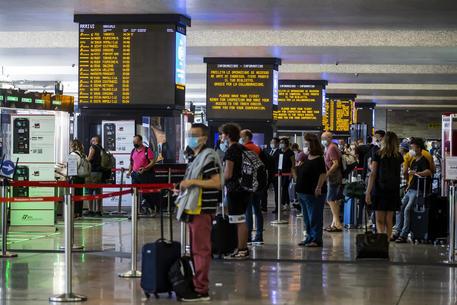 Maxicontrolli alla stazione Termini, cinque arresti - Lazio
