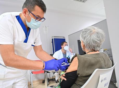 Vaccino: Lazio, 8,5 milioni di dosi somministrate - Lazio