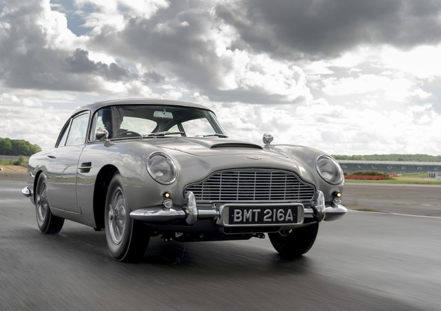 Aston Martin: DB5 Continuation, rivive mito di James Bond © ANSA