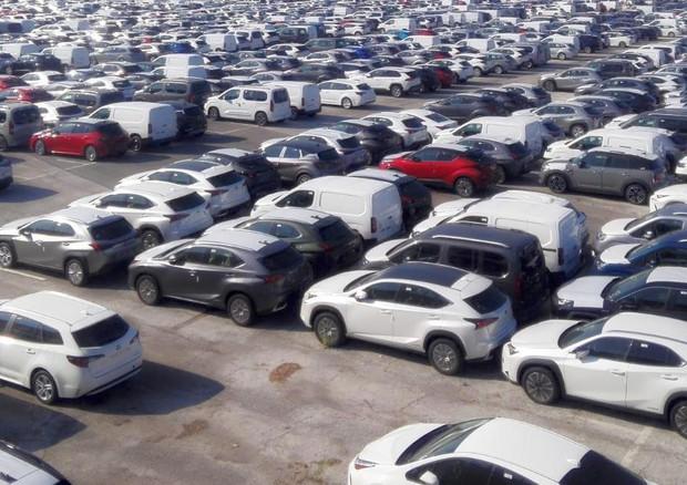 Immatricolazioni auto, balzo su lockdown ma -17% sul 2019 thumbnail