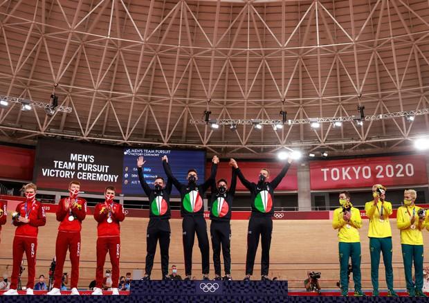 Tokyo: quartetto ciclismo, Italia oro (Photo by Odd  ANDERSEN / AFP) (ANSA)