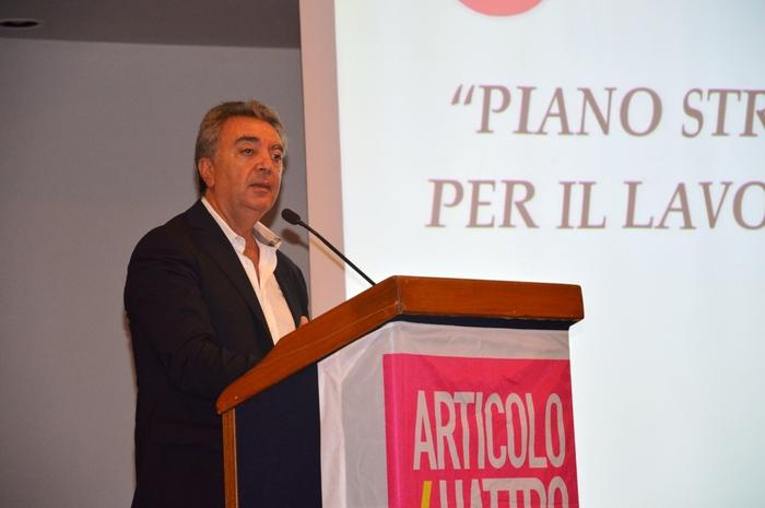 Lino Leanza lascia Articolo 4$