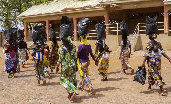 Nigeria: oltre 70 studenti di liceo rapiti da uomini armati