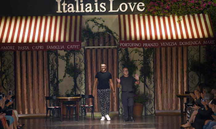 ANSA Dolce & Gabbana snap Italian selfie English ANSA.it