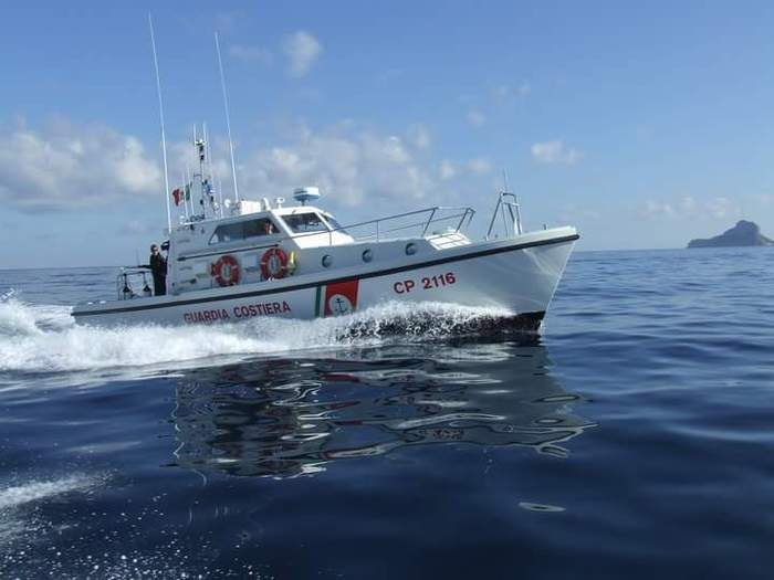 Turista francese investito da una barca in Sardegna, è grave