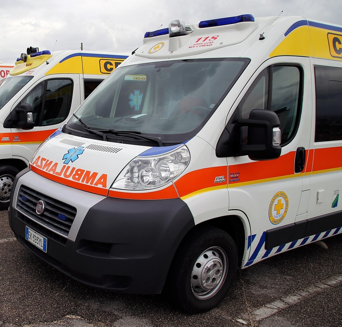 Weird Italy b14aa0f0721c857e3969c9024e550d77 Factory worker, 71, dies falling from roof What happened in Italy today