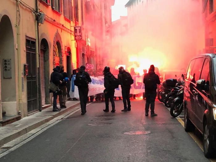 Pisa, tensione proteste contro Salvini – ANSA.it