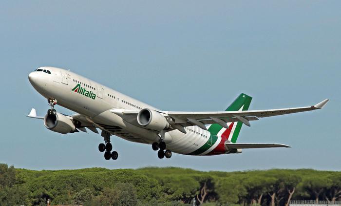 Alitalia: più voli su Sicilia e Sardegna da Roma e Milano