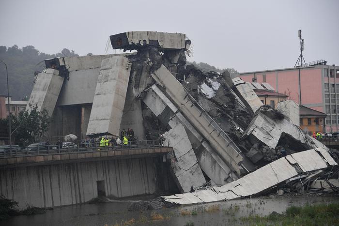 Un anno fa il crollo di ponte Morandi, Genova ferita al cuore ...