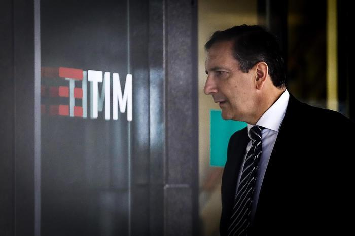 Tim: Fastweb in campo per Fiberco - Ultima Ora thumbnail