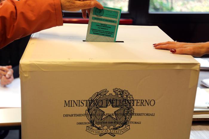 Regionali, urne aperte in Emilia Romagna e in Calabria – Cronaca – ANSA