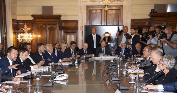 Salvini alle parti sociali: 'Definire la manovra per agosto' – Politica – ANSA