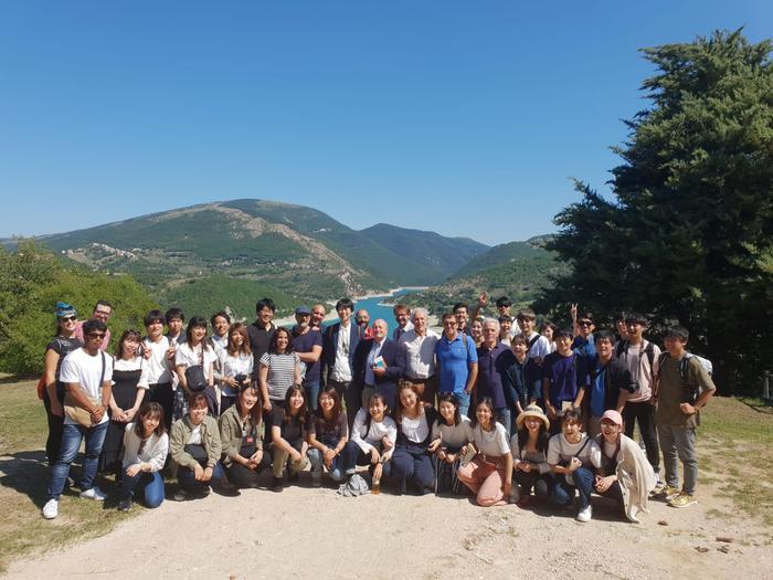 studenti Toyo University di Tokio visita Fiastra