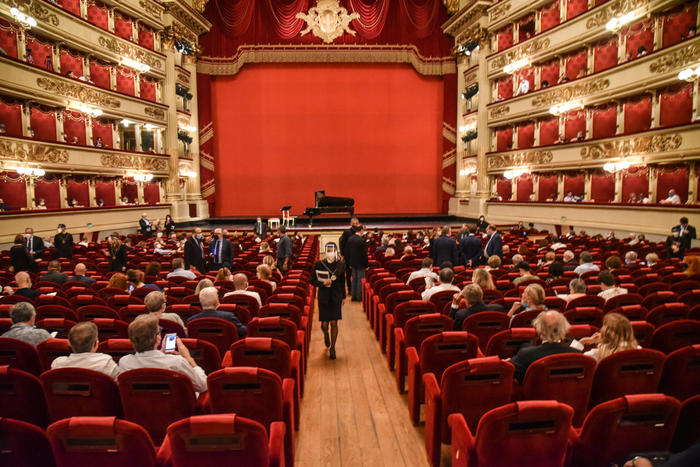 Covid: la Scala rinvia presentazione stagione 2O20 2021   Ultima
