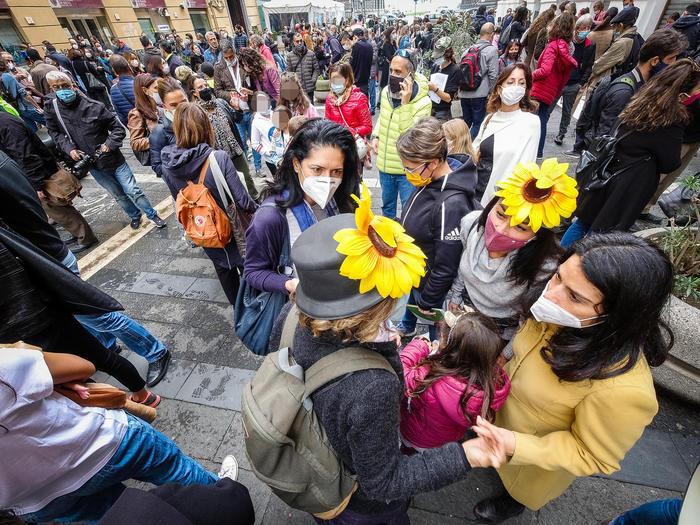 Covid: Napoli; nuova protesta mamme, ridateci la scuola - Ultima Ora