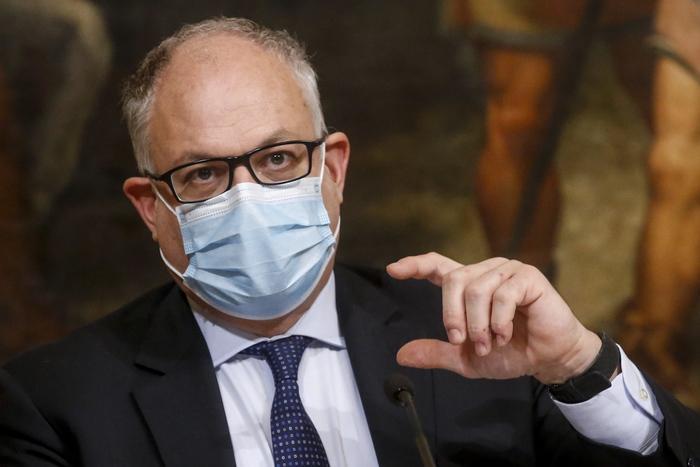 Gualtieri: 'Se conteniamo i contagi rimarremo nelle stime Nadef  - Economia