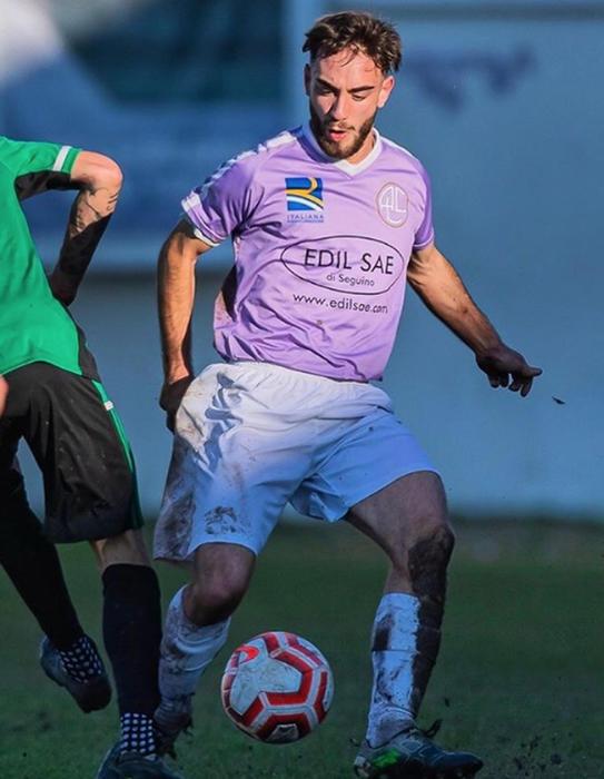 Soccer player, 19, dies of aneurysm - English - ANSA.it