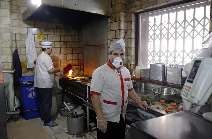 Coronavirus: Iran, riaprono ristoranti - Medio Oriente