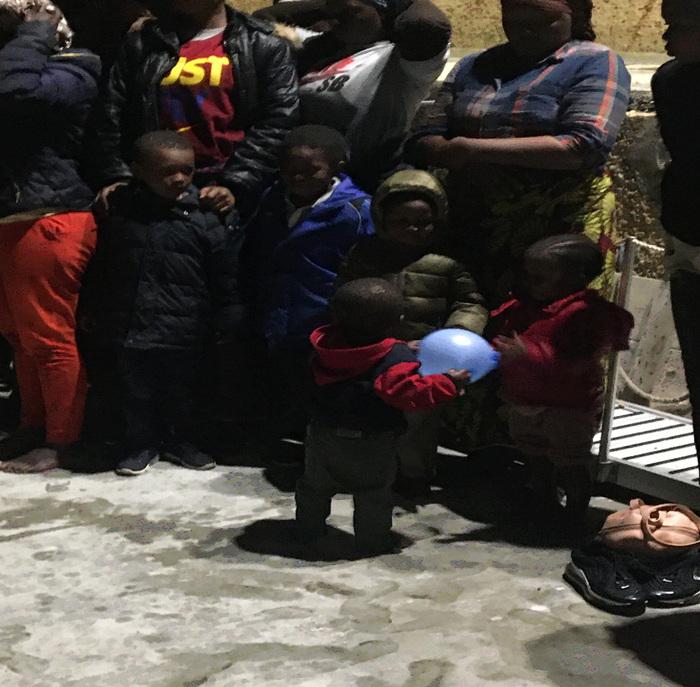 Trasferiti tutti i migranti da hotspot di Lampedusa