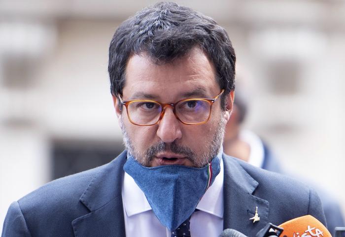 Governo: Salvini, con problemi per Cig pensa a dl sicurezza - Ultima Ora thumbnail