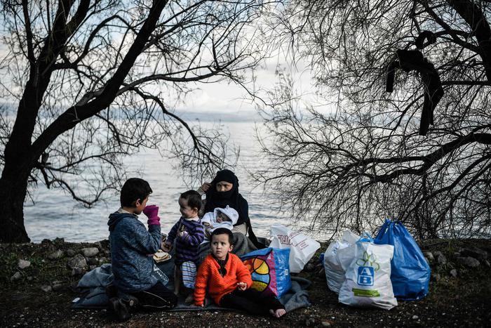 Onu riprende reinsediamento rifugiati in Paesi terzi - Ultima Ora thumbnail