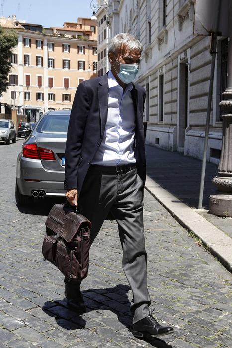 Fisco: Delrio,taglio Iva non è priorità - Ultima Ora thumbnail