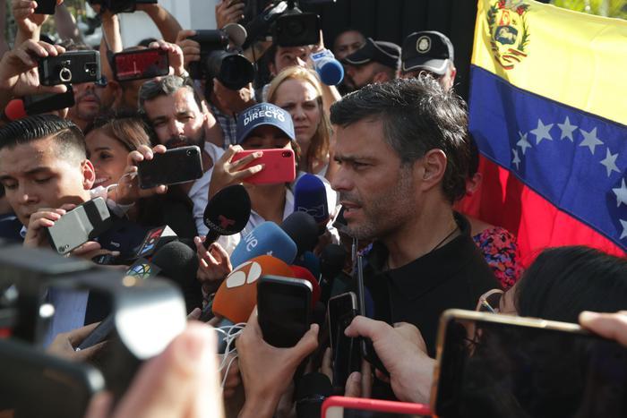 Venezuela:Wsj, Leopoldo López contattò mercenari anti-Maduro - Ultima Ora thumbnail