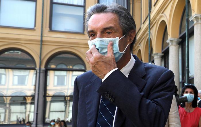 Lombardia, obbligo mascherina fino a 14 - Ultima Ora thumbnail