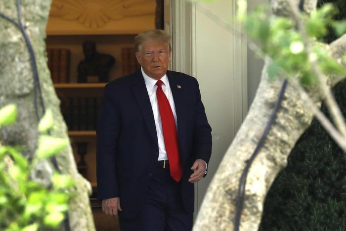 Floyd, Trump twitta: 'Law and order' - Ultima Ora